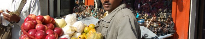 Travel photo – Street vendor in Kathmandu, Nepal